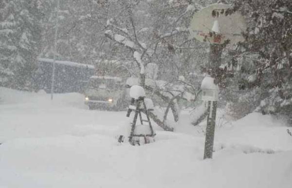 Heavy Snowfall in Ft Saskatchewan 12.5.12