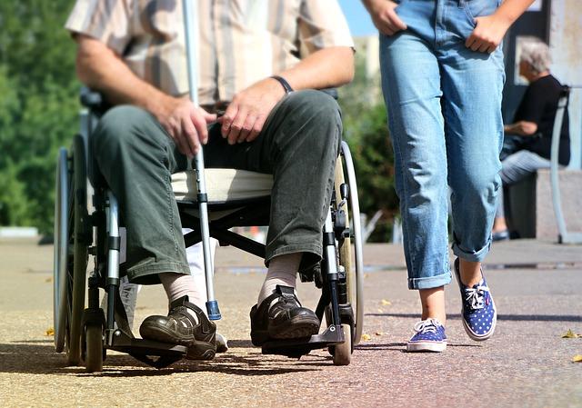 wheelchair-1629490_640.jpg